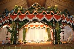 进行传统婚礼 免版税库存照片