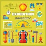 远征冒险-在平的样式设置的传染媒介象设计 免版税库存照片