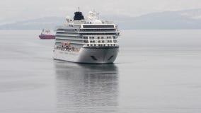 远征划线员北欧海盗猎户星座航行在太平洋   股票录像