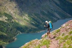 远足在冰川公园 免版税库存照片