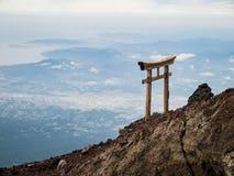 远足在著名富士山 库存图片