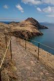 远足在马德拉岛的道路 免版税库存图片