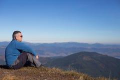 远足在高加索山脉 库存图片