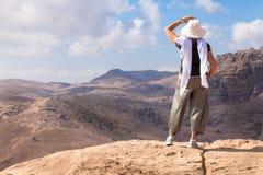 远足在Petra 免版税库存照片