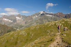 远足在Stubai阿尔卑斯,奥地利 免版税库存图片