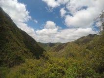 远足山脉Chicas在住处邦巴耕种圣罗克, CÃ ³ rdoba,阿根廷 库存照片