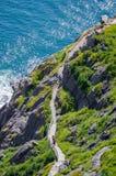 远足沿Cabot足迹在圣约翰& x27; s纽芬兰,加拿大 免版税库存照片