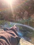 远足者relaxe在瑞士阿尔卑斯 图库摄影