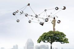 连接世界的技术 混合画法 免版税库存照片