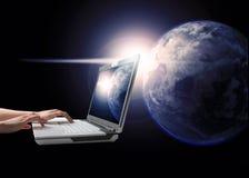 连接世界 免版税图库摄影