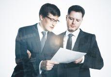 连接四个现有量合伙企业难题配合的概念 免版税库存照片