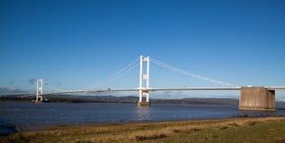 连接威尔士和英国的老Severn桥梁 免版税库存照片