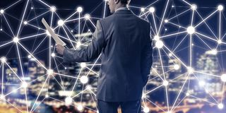 连接并且合作现代企业网络的概念 库存图片