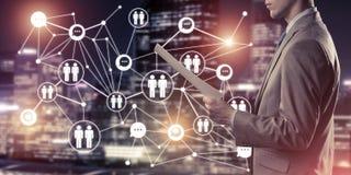连接并且合作现代企业网络的概念 库存照片