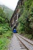 连接库斯科和马丘比丘的火车在秘鲁 库存照片