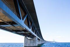 连接瑞典和丹麦的厄勒海峡桥梁 库存照片