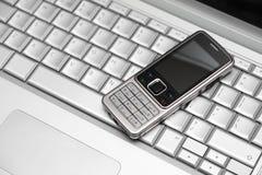 连接设备移动电话二无线 免版税库存照片