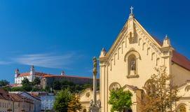 连斗帽女大衣教会在布拉索夫,斯洛伐克 库存图片