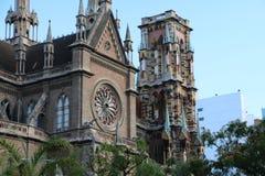 连斗帽女大衣的教会-科多巴,阿根廷 免版税库存照片