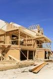 连栋房屋建设中 免版税库存照片