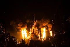 迪士尼乐园度假区巴黎烟花 免版税库存照片