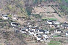 迪庆,中国- 2015年3月17日:Cizhong村庄 著名西藏人v 免版税库存照片