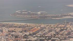 迪拜人鸟瞰图做了代利亚海岛,迪拜,阿拉伯联合酋长国 股票视频