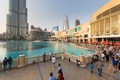 迪拜商城和Burj khalifa 库存照片