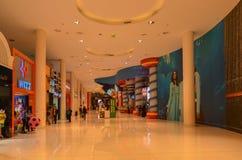 迪拜商城,街市的迪拜, 2015年5月6日的阿联酋 库存照片