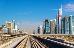 迪拜小游艇船坞和Jumeirah区看法  库存图片