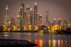 迪拜小游艇船坞地平线  库存照片