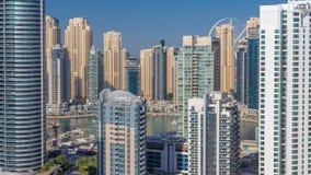 迪拜小游艇船坞摩天大楼空中顶视图在从JLT在迪拜timelapse,阿拉伯联合酋长国的早晨 股票录像