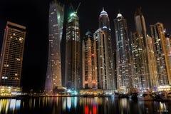 迪拜小游艇船坞摩天大楼lakeview 免版税库存照片