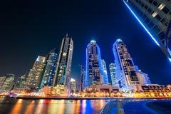 迪拜小游艇船坞陈列地平线视图  库存照片