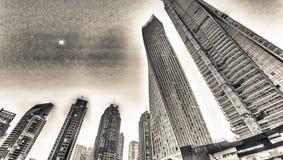 迪拜小游艇船坞高摩天大楼日落的,阿拉伯联合酋长国 免版税库存照片
