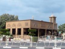 迪拜的-酋长管辖区现代清真寺 免版税图库摄影
