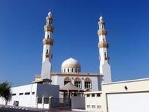 迪拜的-酋长管辖区现代清真寺 库存照片