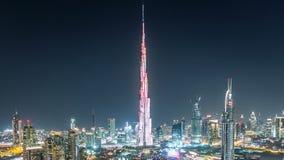 迪拜街市在夜从上面的timelapse视图在迪拜,阿联酋 股票视频