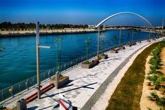 迪拜运河 免版税库存图片
