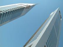 迪拜酋长管辖区塔 免版税图库摄影