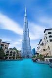 迪拜金融中心,团结的阿拉伯人EMIRATES-FEBRUARY 29日2016年:在Burj哈利法hight的看法828 m在迪拜,团结的阿拉伯人E的中心 免版税图库摄影