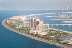 迪拜,阿拉伯联合酋长国。 亚特兰提斯旅馆从上面 库存图片