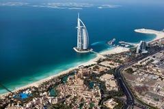 迪拜,阿拉伯联合酋长国。 Burj Al阿拉伯人从上面 免版税库存图片