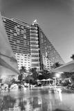 迪拜,阿拉伯联合酋长国- 2015年10月:在Burj Al阿拉伯人旅馆附近的大厦 免版税图库摄影