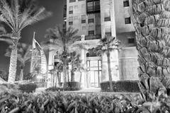 迪拜,阿拉伯联合酋长国- 2016年12月9日:Madinat Jumeirah Bu夜视图  图库摄影