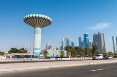 迪拜,阿拉伯联合酋长国- 2016年12月:在美丽的da的街市大厦 库存照片