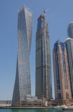 迪拜,阿拉伯联合酋长国- 2016年5月15日:在Cayan塔的看法 免版税库存图片