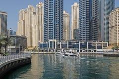 迪拜,阿拉伯联合酋长国- 2016年5月12日:小游艇船坞区 库存照片