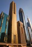 在Zayed Road回教族长摩天大楼的看法 图库摄影