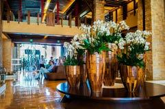 迪拜 在2016年的夏天 与大理石装饰的现代和明亮的内部在旅馆Sofitel里棕榈 免版税图库摄影